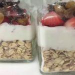 Овсянка с йогуртом и ягодами в банке, рецепт с фото и видео