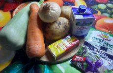 Рецепт: Суп пюре — Из кабачков с плавленым сыром и сливками
