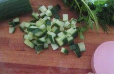 Рецепт: Салат «Весенний» — С сыром, вкусно и полезно