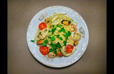 Спагетти с морепродуктами и помидорами черри в белом вине, рецепт с фото и видео