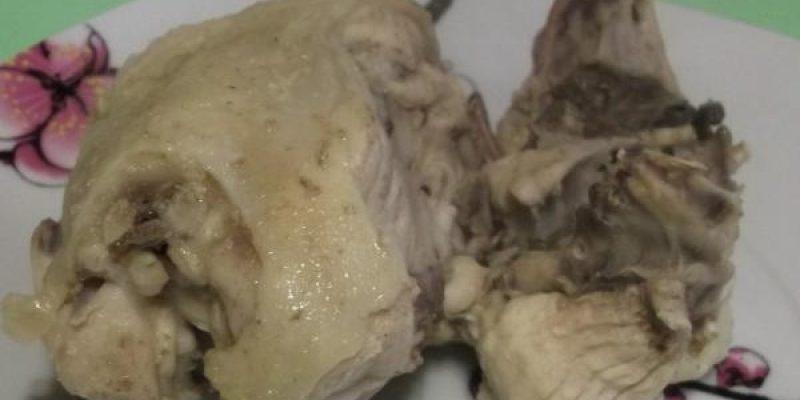 Рецепт: Борщ куриный — из спинок домашней курицы