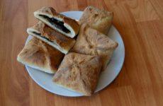Пирожки с щавелем из дрожжевого теста