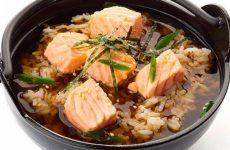 Мисо-суп с рисом, лососем и тунцом, рецепт с фото