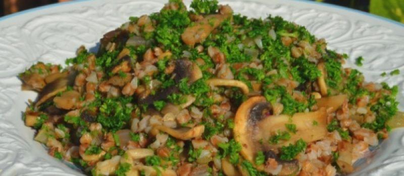 Гречневая каша с грибами