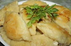 Рецепт: Зразы картофельные с капустой — Хорошее, вкусное блюдо для постящихся и вегетарианцев.