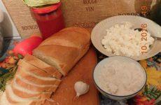 Рецепт: Горячие бутерброды — С творогом