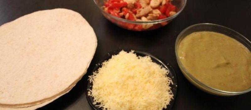 Рецепт: Фахитос — С соусом гуакамоле