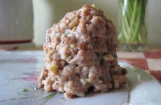 Рецепт: Пирожное «Муравейник» — С маком, грецкими орешками и шоколадным маслом