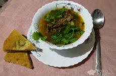 Рецепт: Фасолевый суп с крольчатиной — Кролики ,это не только…это и очень вкусный бульон.