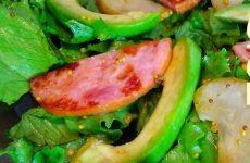Салат с ветчиной, грушами и авокадо, рецепт с фото и видео