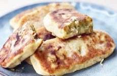 Жареные пирожки с картошкой. Тесто на кефире, без дрожжей, очень вкусное