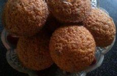 Рецепт: Кексы оригинальные — с шоколадно-арахисовым вкусом