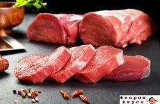 Как правильно размораживать мясо: 3 проверенных способа