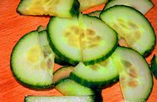 Рецепт: Овощной салат с капустой «Красавица» — по-домашнему