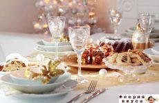 15 классных идей, как украсить стол к Рождеству