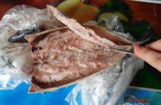 Рецепт: Фаршированная скумбрия — с сыром и чесноком