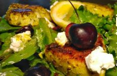 Салат с черешней, индейкой и брынзой, рецепт с фото и видео