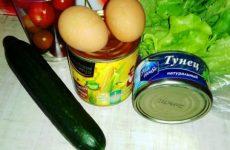 Рецепт: Салат с тунцом и кукурузой — Помидоры, тунец, огурец — салат «Просто Молодец»