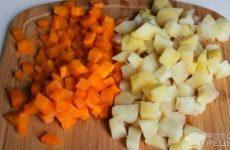 Рецепт: Суп с беконом и и консервированным горошком — В мультиварке