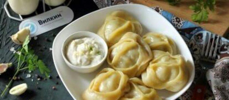 Рецепт: Манты с мясом и тыквой — По-домашнему
