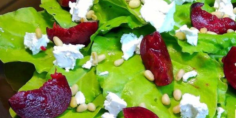 Салат со сливами, брынзой и кедровыми орешками, рецепт с фото и видео