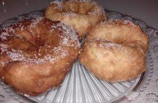 Рецепт: Пончики — Пончики в сахаре из дрожжевого теста на молоке. Без добавления яиц.