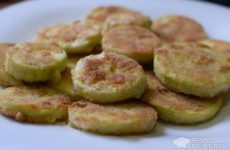 Рецепт: Кабачки в сухариках — Интересная интерпретация приготовления любимых кабачков!