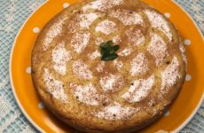 Рецепт: Пирог с нектаринами — на сметане