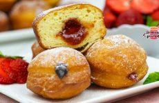 Вкуснейшие воздушные пончики с начинкой (Невероятное тесто!)
